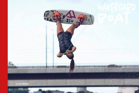 Wakeboard boot